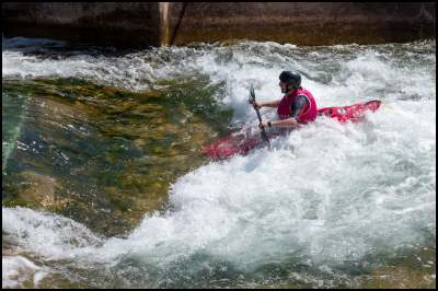 Kayaking Dating Profile Picture